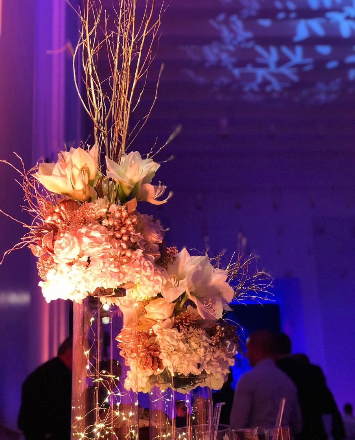 cvetni aranzmani za dekoraciju korporativnih proslava