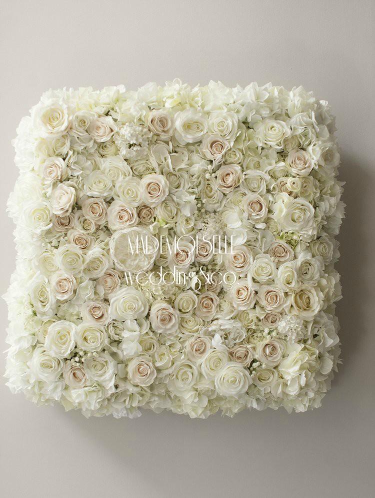 3E3F5584 - cvetni zid