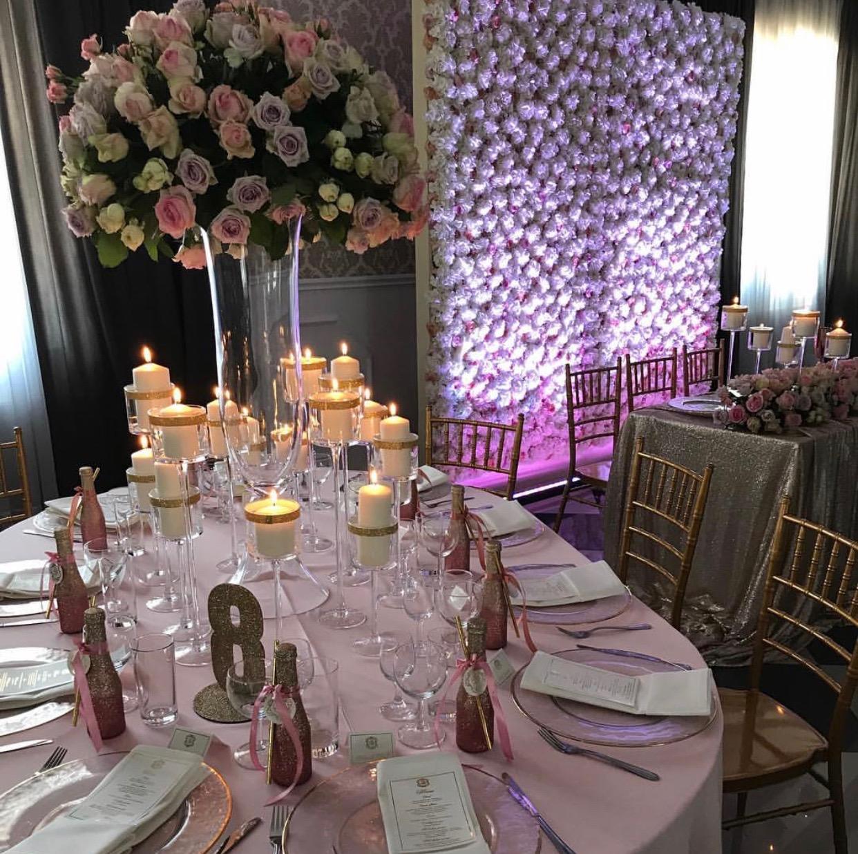luksuzni cvetni aranzmani u pastelnim bojama za dekoraciju vencanja