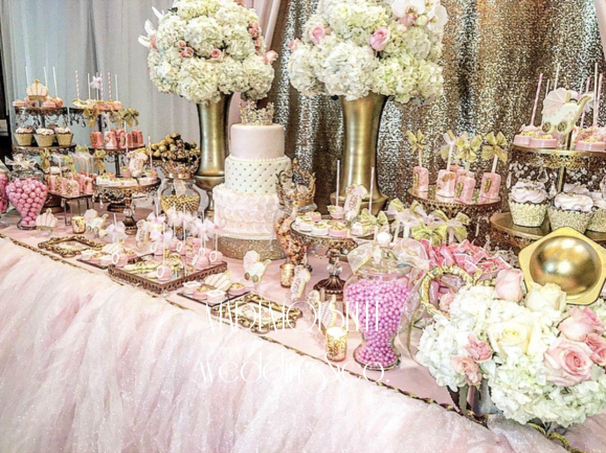 IMG_E4528-slatki sto-dekoracija rodjendana-dekoracija ya krstenje-kolacici-roze zlatna dekoracija slatkog stola-cvetni aranzmani