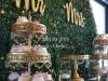 Cvetni zid od vestacke trave-zid za slikanje-dekoracija svadbe-cvetni zid sa zelenilom-cvetni zid-slatki sto-kolaci
