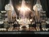 Slatki sto-dekoracija za slatki sto-dekoracija slatkog stola-kolaci-cupecakes-crno zlatna dekoracija slatkog stola-muffins-cakepops